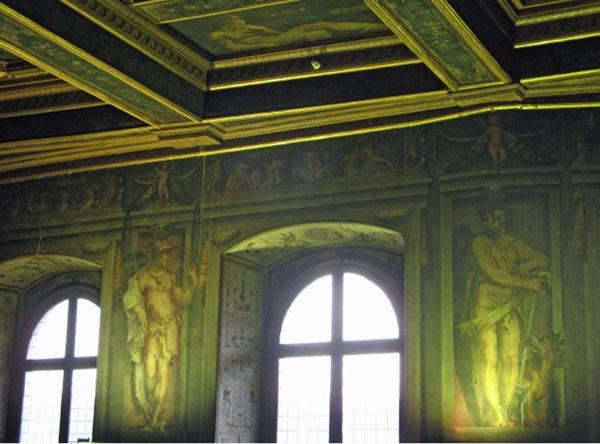 Fig. 8. Giorgio Vasari, Mercury and Pluto, 1555-57 East Wall, Sala degli Elementi, Palazzo Vecchio, Florence Photo credit: author