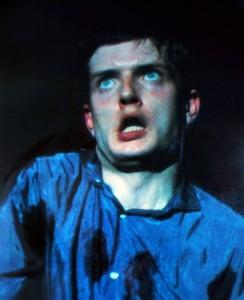 Figura 3. Concerto al The Factory I, 2 aprile 1980, Manchester